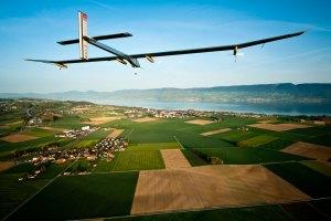 Avión Solar Impulse 2 comenzará su vuelta al mundo en febrero