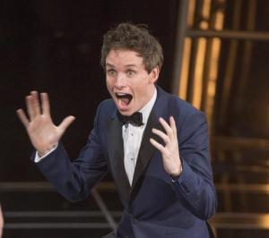 El ganador del Oscar Eddie Redmayne sorprende como transexual en su nueva película (Foto)