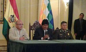 Evo Morales reduce la seguridad de los altos cargos para aumentarla en las calles