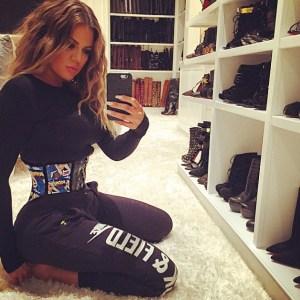 Khloé Kardashian reveló el secreto de su cintura de avispa (Foto)