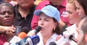 Mitzi Capriles responsabiliza a Maduro de lo que pueda pasarle a su esposo