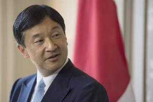 Príncipe heredero japonés defiende la Constitución pacifista de Japón en su 55 cumpleaños