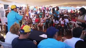 Capriles inspeccionó reparación en escuela de Barlovento