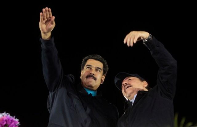 Maduro and Ortega arrive at Bolivar avenue in Managua