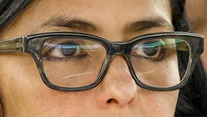 Red Fashion: Los lentes hipster de Delcy Rodríguez (fotodetalles)
