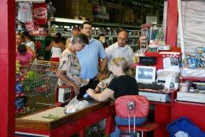 Fedecámaras insiste en combinar protocolos con actividad económica