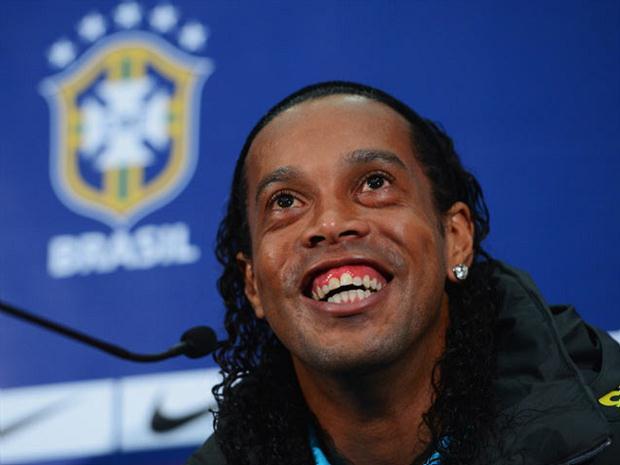 Ronaldinho-240213