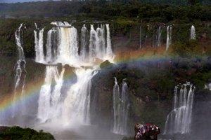 Las cataratas de Iguazú encantan a millones de turistas (Fotos)