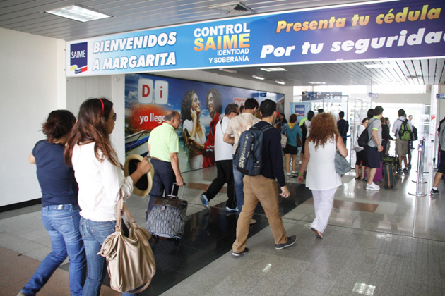 AeropuertoSantiagoMariño