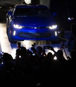 ¡BRAVO!…. acaba de nacer la sexta generación del Chevrolet Camaro (wallpapers)