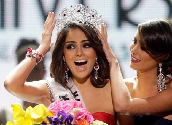 La cadena mexicana de medios Televisa dijo el lunes que este año no se enviará una representante local al certamen de belleza Miss Universo tras los comentarios del magnate estadounidense Donald Trump, organizador del evento, en contra de los mexicanos. REUTERS/Steve Marcus/files