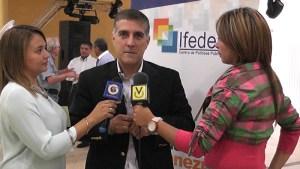Pedro Pablo Fernández anuncia el retiro de su candidatura a la alcaldía de Baruta