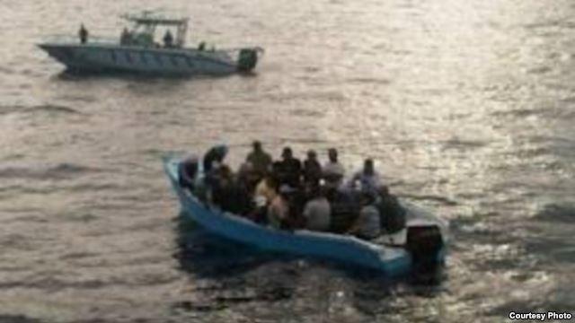 Los traficantes de personas cobran más por llevar a cubanos de Dominicana a Puerto Rico