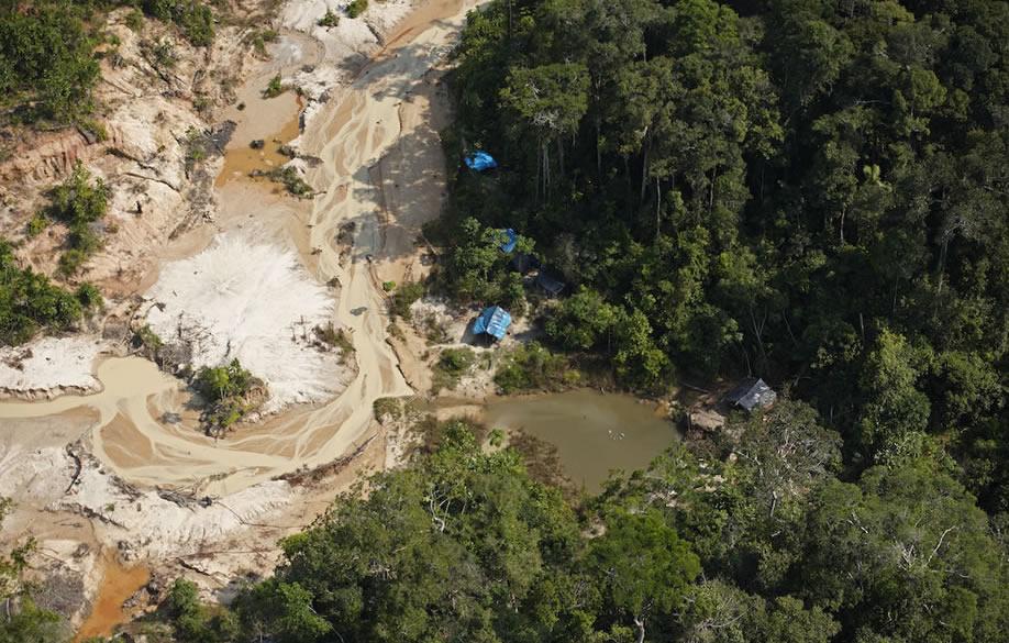 Sudamérica busca enfrentar unida la minería ilegal en la