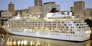 The World, un crucero de altos kilates (Fotos)
