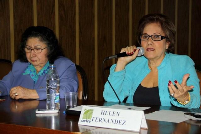 060815.Helen Fernandez  Foro en Cedice
