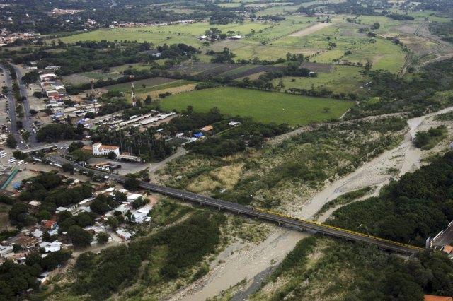 El puente internacional Simón Bolívar (REUTERS/Stringer)