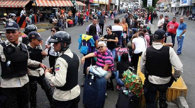 FronteraAncianos