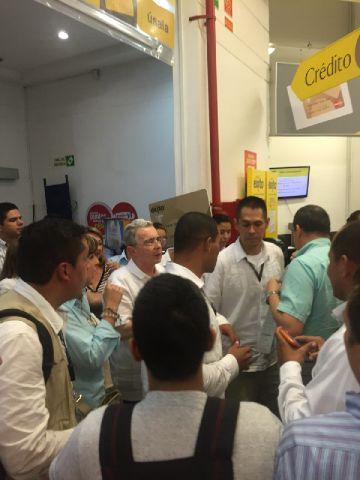 Uribe-Exito (2)