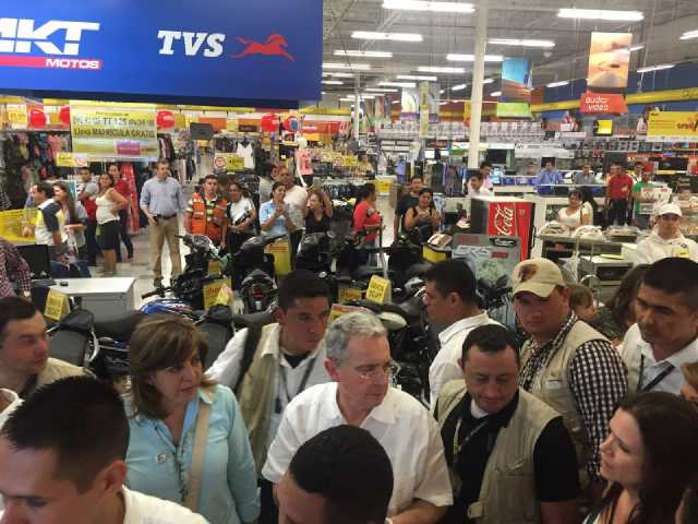 Uribe-Exito (3)