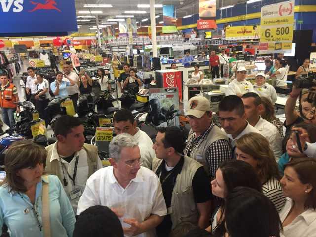 Uribe-Exito (4)