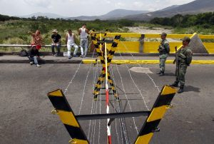 Maduro no descarta cierre de fronteras con Colombia y Brasil por peligro de coronavirus