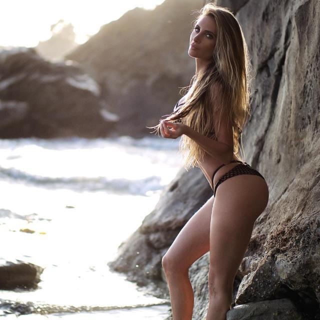 Amanda Lee (27)