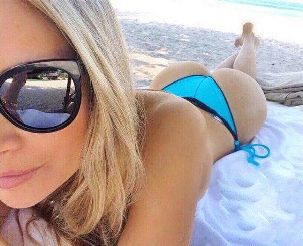 Amanda Lee (45)