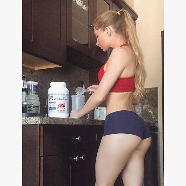 Amanda Lee (6)