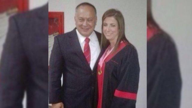 La foto de Barreiros junto a Diosdado Cabello se volvió viral ayer en internet