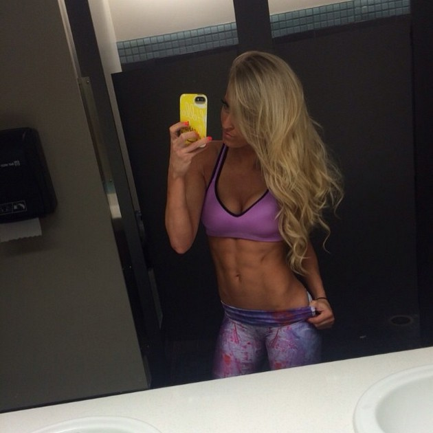 Girls-with-Abs-9-18_00007