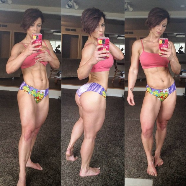 Girls-with-Abs-9-18_00018