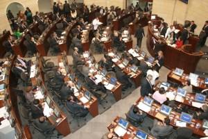 Senado de Colombia rechaza condena a Leopoldo López