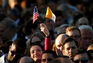 Decenas de miles de personas aguardan en Washington para ver al Papa Francisco (Fotos)