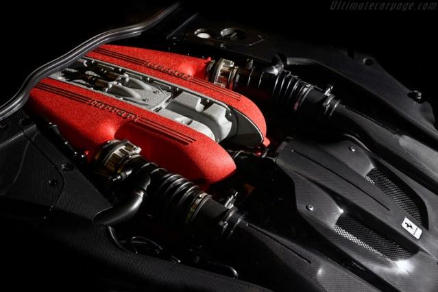 Ferrari F12tdf_007
