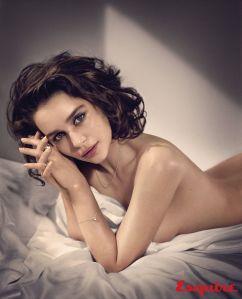 """¡Quémame con el dragón!… la sesión fotográfica de Emilia Clarke """"Khaleesi"""" electa la más sexy (COMPLETICA)"""