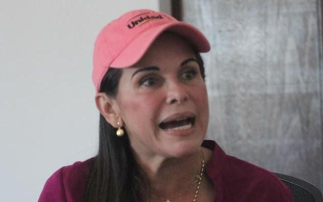 La alcaldesa Eveling Trejo relató en su visita a La Verdad su primer encuentro con Manuel Rosales tras la detención. (Foto: Carlos Sosa)
