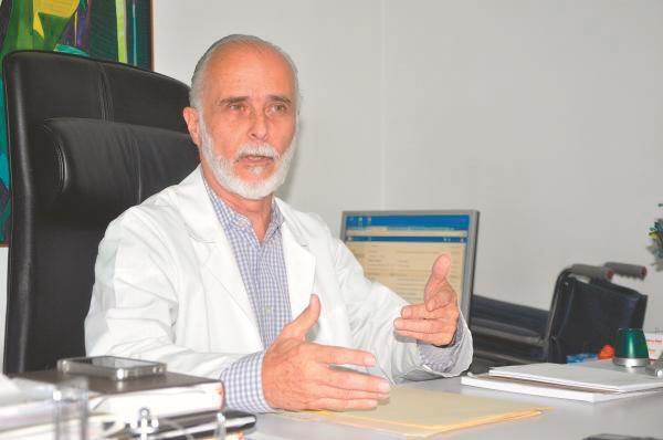José Felix Oletta, exministro de Sanidad, rechaza que el titular actual del despacho de Salud, Henry Ventura, no reconozca la escasez de medicamentos / La Razón