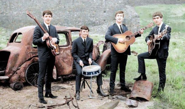 Foto: The Beatles, 1962  / gizmodo.com