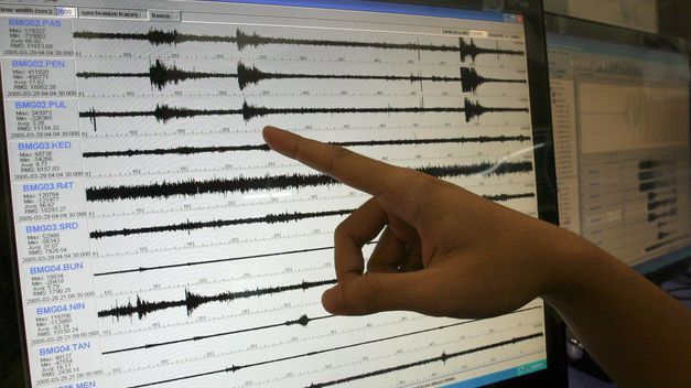 terremoto-grados-magnitud-sacude-Chile_TINIMA20140316_0595_5