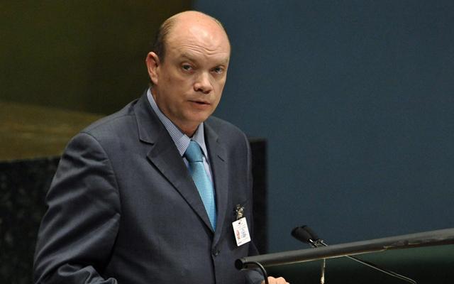 Ministro-cubano