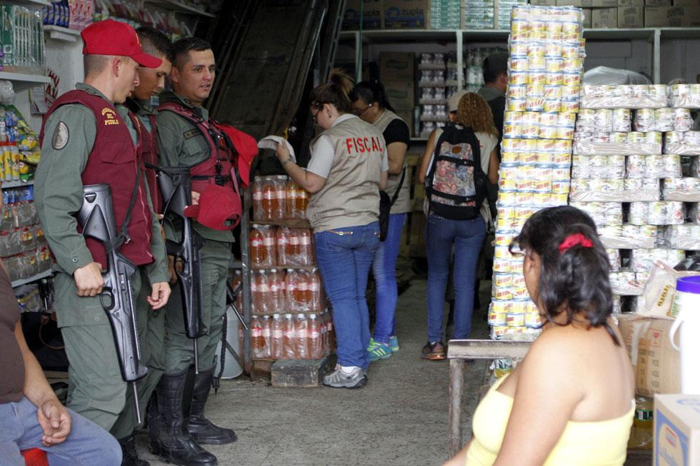 Comerciantes de Quinta Crespo: El gobierno nos robó la mercancía