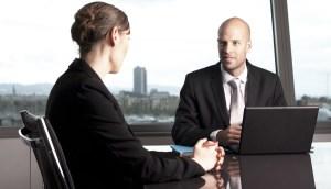 Cómo destacarse en una entrevista de trabajo, según un reclutador de Amazon
