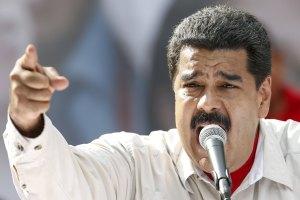 """Maduro llama a un debate """"crítico y autocrítico"""" para hacer """"más revolución"""""""