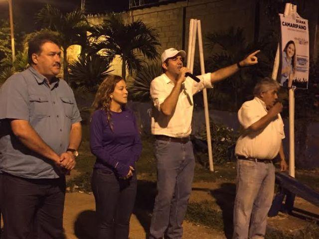 Diana Camaripano y Carlos Prosperi, siguen llevando el mensaje del cambio.