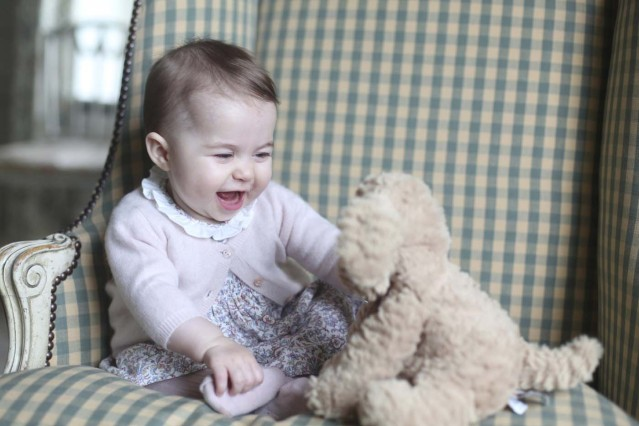 Britain's Princess Charlotte is seen in this photograph taken by her mother Catherine, Duchess of Cambridge, in November 2015 at Anmer Hall in Sandringham, and released by Kensington Palace in London on November 29, 2015.  REUTERS/Duchess of Cambridge/Handout via ReutersATTENTION EDITORS - THIS PICTURE WAS PROVIDED BY A THIRD PARTY. REUTERS IS UNABLE TO INDEPENDENTLY VERIFY THE AUTHENTICITY, CONTENT, LOCATION OR DATE OF THIS IMAGE. EDITORIAL USE ONLY. NOT FOR SALE FOR MARKETING OR ADVERTISING CAMPAIGNS. NO RESALES. NO ARCHIVE. THIS PICTURE IS DISTRIBUTED EXACTLY AS RECEIVED BY REUTERS, AS A SERVICE TO CLIENTS      TPX IMAGES OF THE DAY