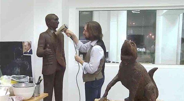 Vladímir Putin, estatua de chocolate