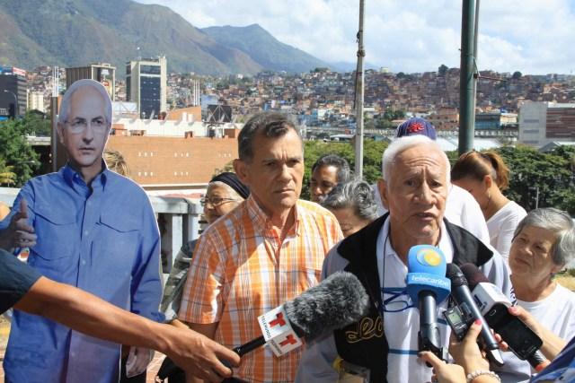 Vecinos exigen liberacion de alcalde Ledemza (2)