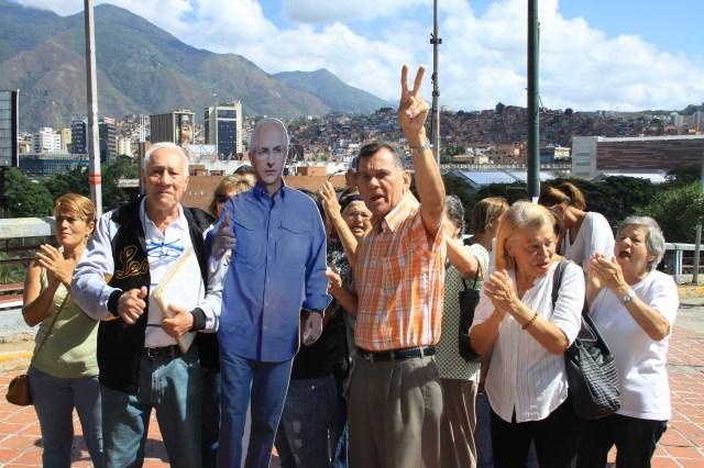Vecinos exigen liberacion de alcalde Ledemza (3)
