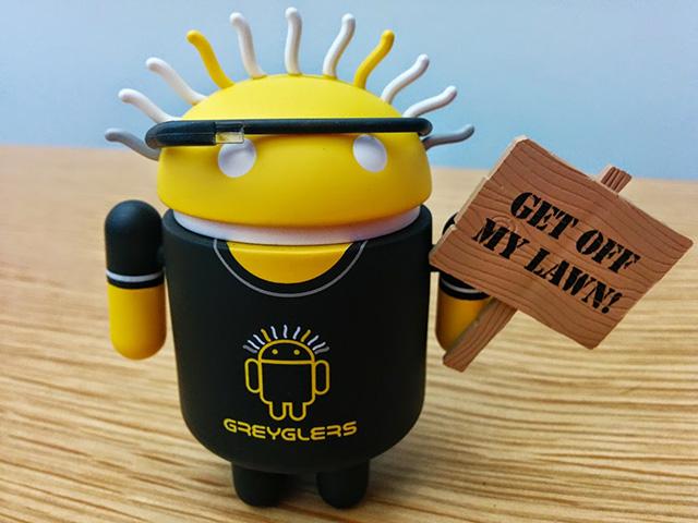 greyglers-android-figurine